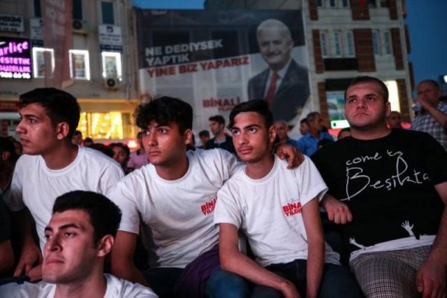 23 Haziran seçimleri öncesinde son düzlük olan Binali Yıldırım-Ekrem İmamoğlu canlı yayını, tüm Türkiye tarafından yoğun ilgi ile takip edildi.