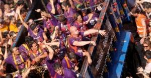 Domates Festivali bu yıl da renkli görüntülere sahne oldu