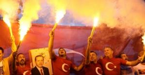 AK Parti'nin seçim kutlamaları