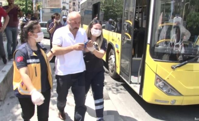 Ataşehir'de HES kodu olmayan yolcu, otobüs şoförünü darp edip kaçtı