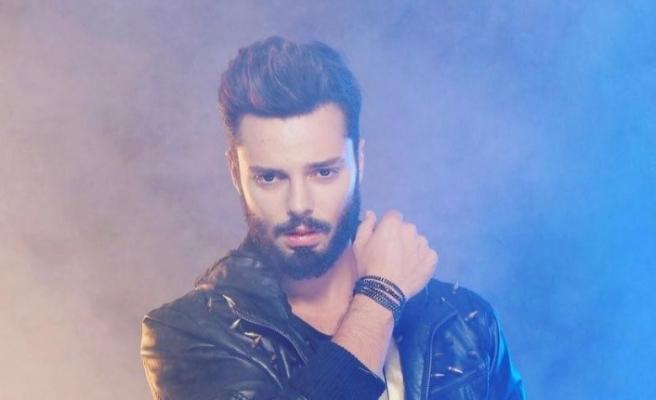 'Cinsel istismar' davasında şarkıcı Bulut Duman hakkında zorla getirme kararı