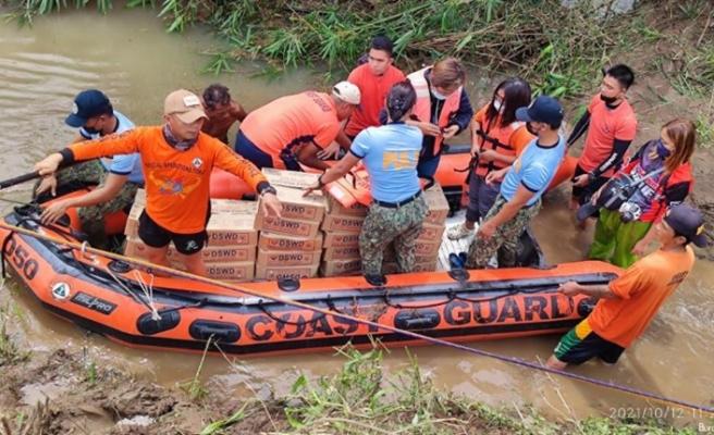 Filipinler'i vuran tropikal fırtınada can kaybı 19'a yükseldi