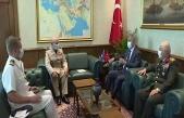 Bakan Akar, NATO Askeri Komite Başkanı Orgeneral Peach ile görüştü