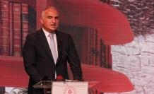 """Bakan Ersoy: """"İngiltere'nin Türkiye'ye seyahat kısıtlamasını kaldırması memnuniyet verici"""""""