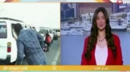 Canlı yayındaki muhabire motosiklet çarptı