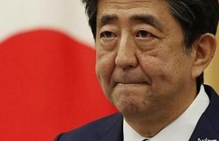 Abe koltuğu devretti, Japonya'nın yeni Başbakanı...