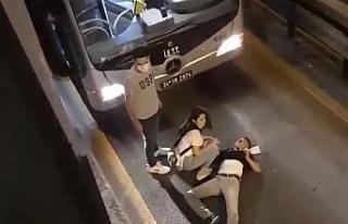 Bekçilerden kaçan şahıs metrobüs yoluna atladı