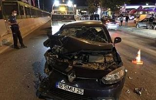Bursa'da Otomobil minibüse arkadan çarptı: 6...