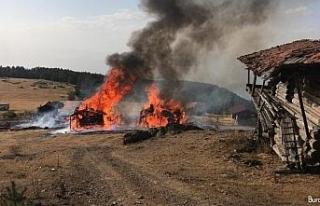 Kastamonu'da çıkan yangında 6 yayla evi küle...