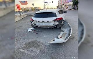 Minibüs sürücüsü direksiyon başında fenalaştı,...