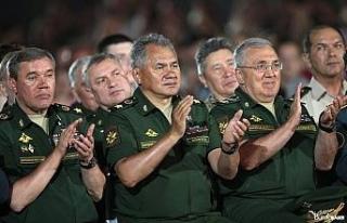 Rusya Savunma Bakanı Şoygu'dan NATO'ya Karadeniz...