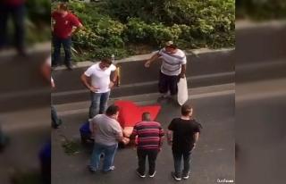 Su satan çocuğa araba çarptı, vatandaşlar seferber...
