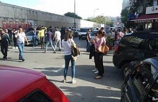 İzmir'de 6.6 şiddetinde deprem
