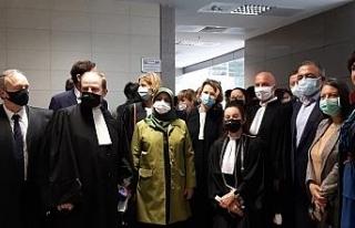 Terör örgütü davasında 23 avukatın yargılanmasına...