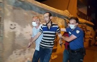 Ailesini rehin alan şahıs ifadesinin ardından serbest...