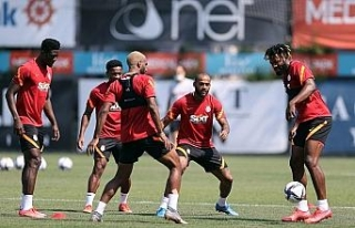 Galatasaray'da PSV maçı hazırlıkları devam...