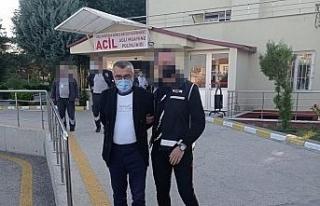 Ankara merkezli 43 ilde FETÖ'den 143 gözaltı...