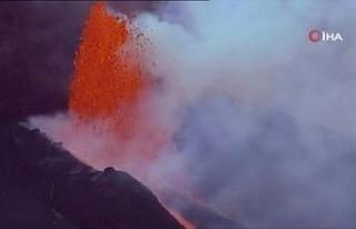 La Palma'daki Cumbre Vieja Yanardağı'nda patlamalar...