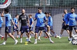 Fenerbahçe'de Trabzonspor maçı hazırlıkları...