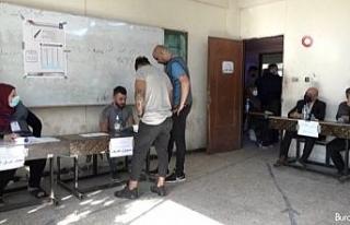 Irak halkı genel seçimler için sandık başında