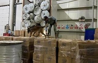İstanbul'da kaçak nargile tütünü operasyonu:...