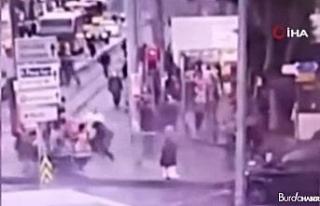 Kadıköy'de sokak ortasında işlenen vahşi cinayet...