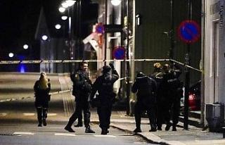 """Norveç Başbakanı Solberg saldırıyı """"şok..."""