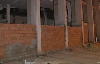 Reza Zarrab'ın holding binasının girişine hırsızları...