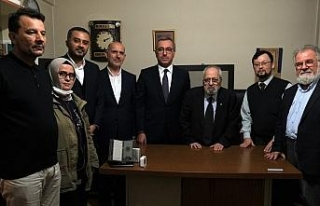 Sezai Karakoç'a Kahramanmaraş'tan fahri hemşehrilik...