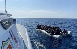 Yunan unsurlarınca geri itilen 100 düzensiz göçmen...