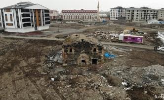 Almanya'daki sahibi izin vermeyince 230 yıllık kilise ortada kaldı