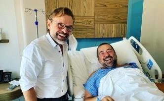 Ata Demirer, evde kaza geçirdi, ayak bileğinden ameliyat oldu