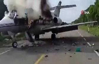 Meksika'da uyuşturucu karteline ait küçük uçak otoyola acil iniş yaptı