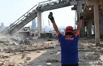 AFAD Başkanı Güllüoğlu, Beyrut'ta patlama bölgesinde incelemelerde bulundu