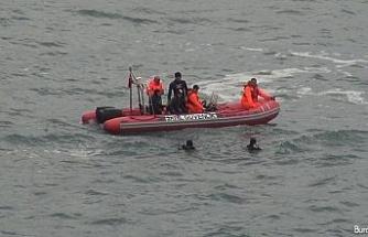 Limanda patlamamış top mermisi bulundu