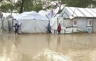 Güney Sudan'daki seller 600 binden fazla kişiyi yerinden etti