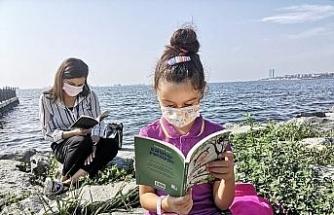 Öğrencilerin açık hava kütüphanesi