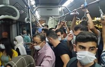 Taksim otobüsünde tıklım tıklım yolculuk