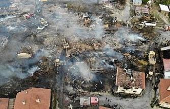 Bolu'da, 12 evin yandığı köy havadan görüntülendi