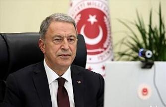 Milli Savunma Bakanı Hulusi Akar'dan İzmir'deki depremle ilgili açıklama