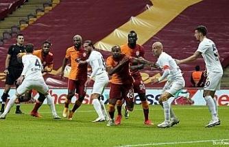 Süper Lig: Galatasaray: 1 - MKE Ankaragücü: 0 (İlk yarı)