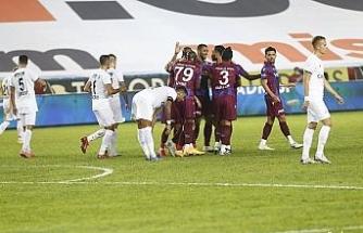 Süper Lig: Trabzonspor: 3 - Kasımpaşa: 2 (İlk yarı)