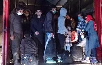Tırla göçmen kaçakçılığı polise takıldı