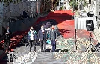 Beyoğlu'nda merdivenler sanatla buluştu