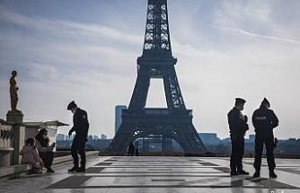 Fransa'da 24 saatte 213 kişi korona virüs nedeniyle hayatını kaybetti