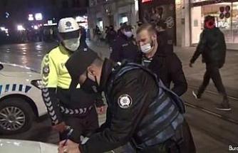 Taksim'de kısıtlamalara uymayanlara ceza yazıldı