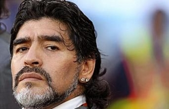 Savcılık soruşturması kapsamında Maradona'nın psikiyatristinin evine baskın düzenledi