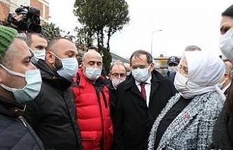 Bakan Selçuk'tan iş yerleri yanan esnafa destek sözü