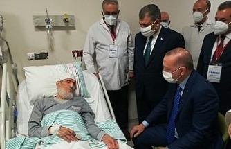 Cumhurbaşkanı Erdoğan'dan Fethi Sekin'in babası ile kanaat önderi Nazırlı'ya hastanede ziyaret