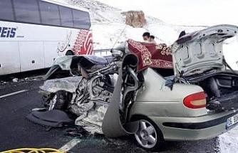 Feci kaza: Anne ve çocuğu hayatını kaybetti
